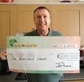 Hugh C won £ 1,000