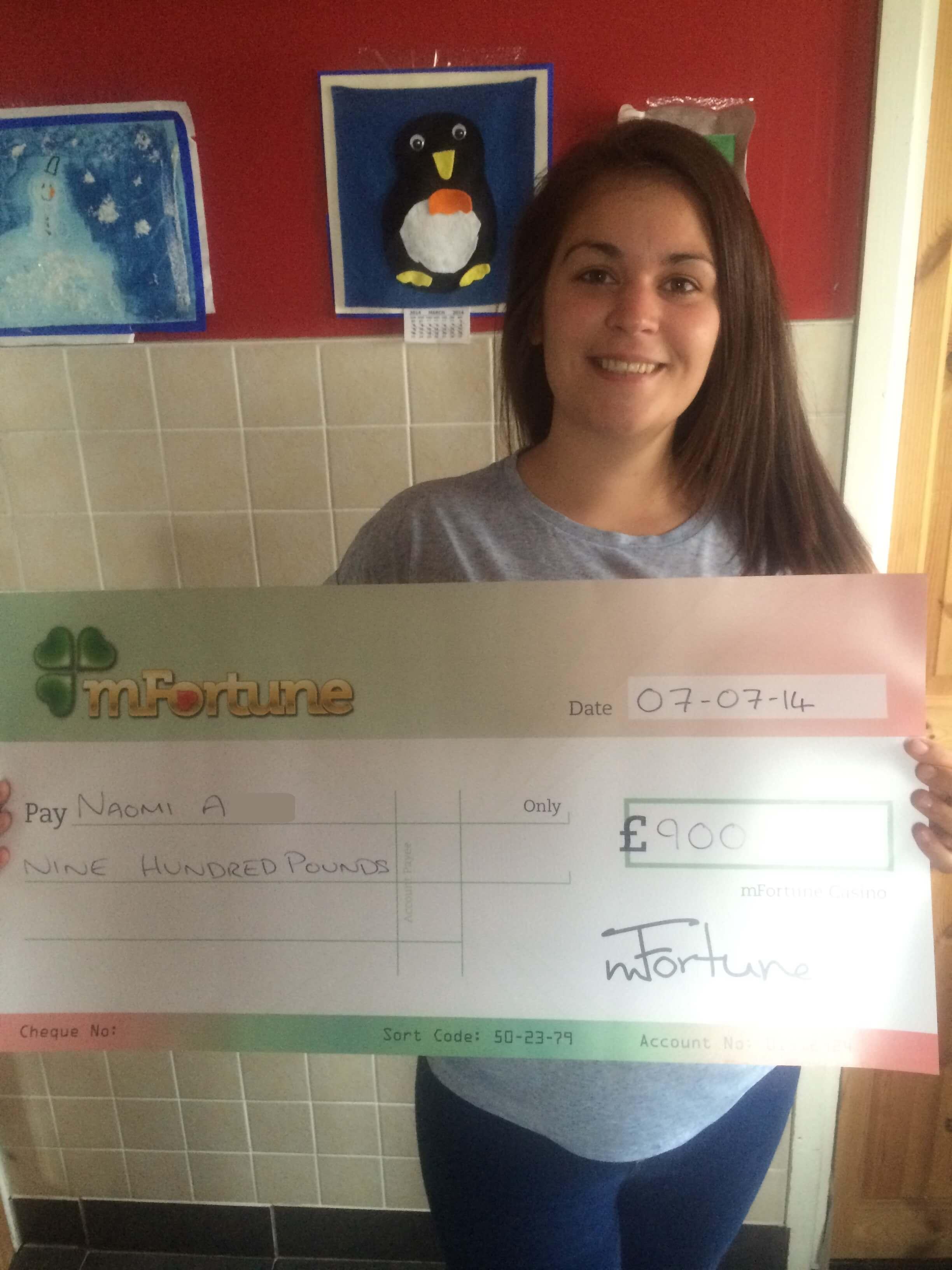 Naomi A won £ 900